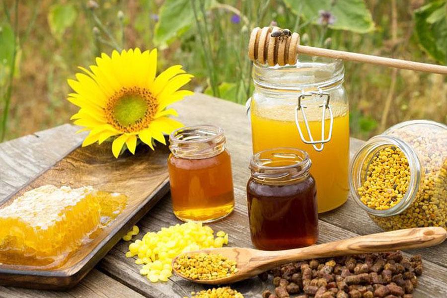 Produsele apicole, remedii terapeutice. Pot apărea efecte adverse ?